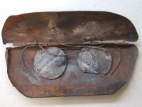 Hiroshima Peace Museum 08d - charred glasses - donated to the museum by Ayano Harigaki
